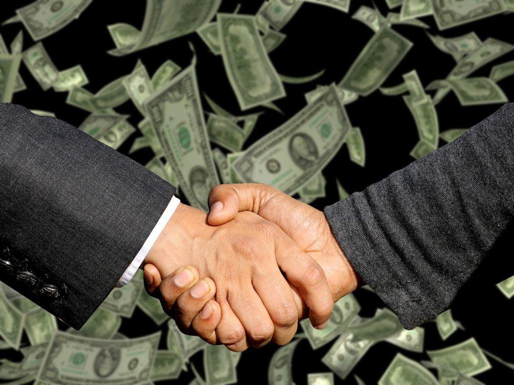 peníze, nejbohatší, bohatý, prachy, jak mít peníze, investice, pomoc