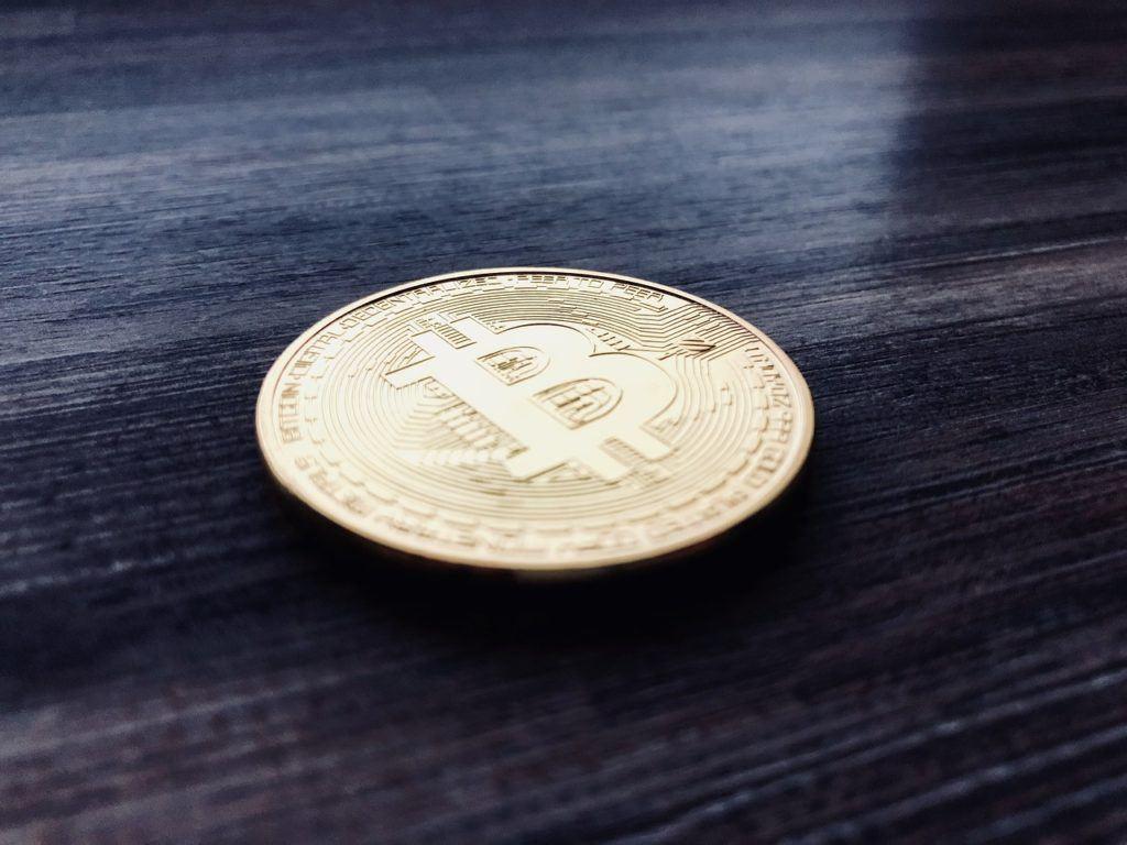 koupit, zakladatel, nakoupit, nákup, bitcoin, krypto, kryptoměny, kup, kde, jak, bitcoiny, hodl, mince,