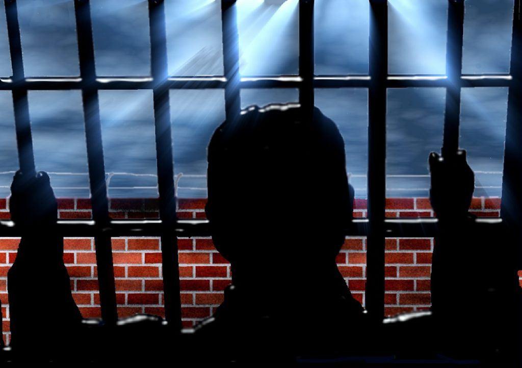 vězení, news, hacky, hacker, hackerské, služby, policie, soud, přistižen, bitcoiny, trest, basa