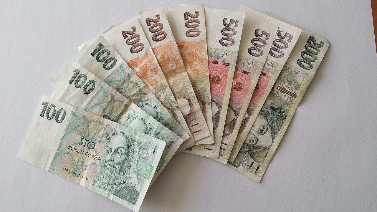 peníze, inflace, spoření
