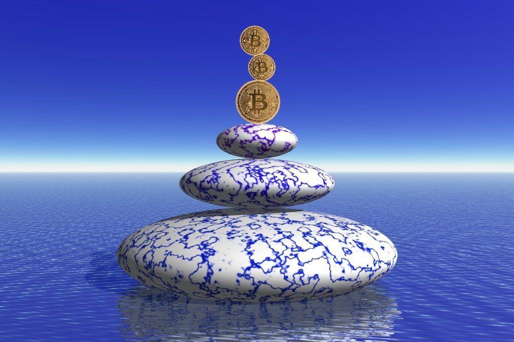 Poklidný, zen, btc, bitcoin, klid, voda, kov