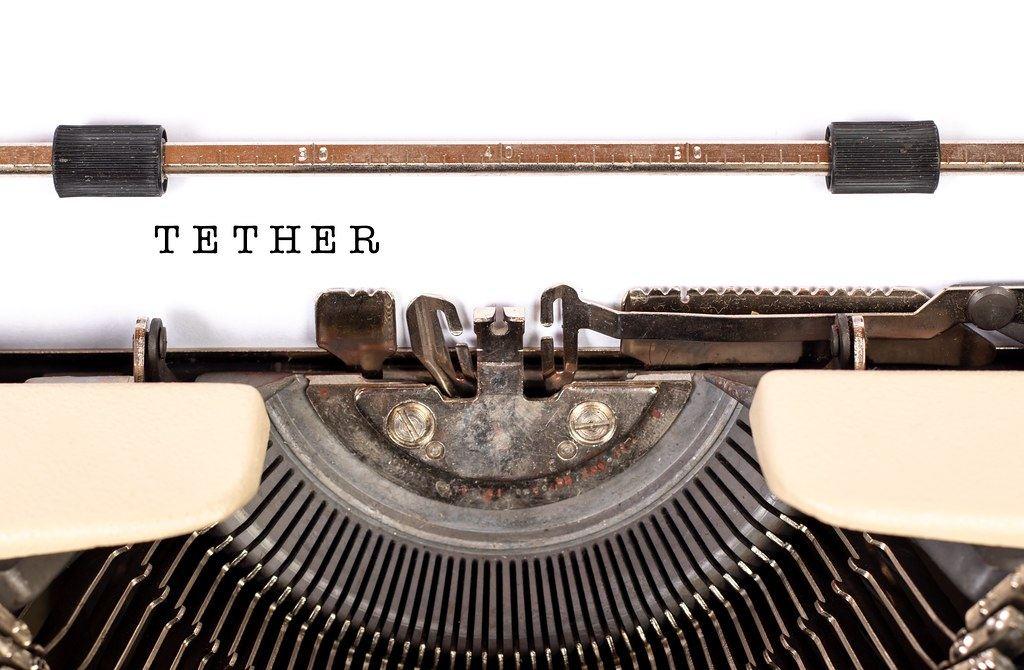 Tether, stablecoiny, news, dolar, juan, stroj, psací, usdt, krytý, zlato, koš, komodity
