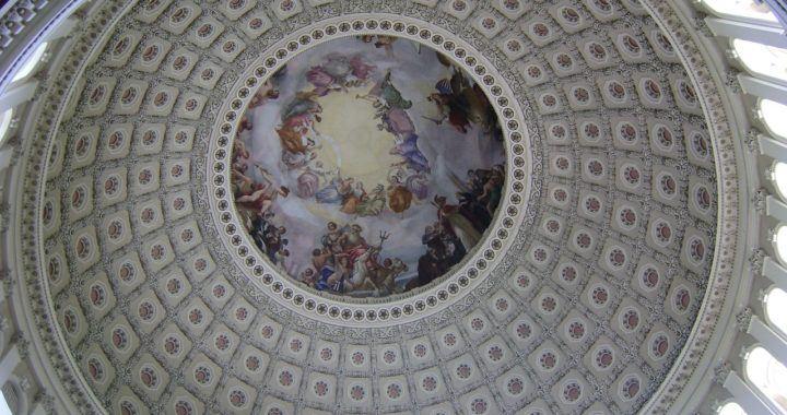 Kongres, zákon, usa, cenné, papíry, stablecoiny, krypto, Libra