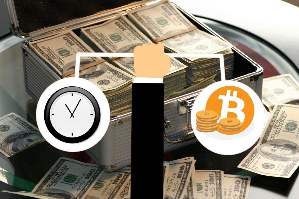fond, fidelity, bitcoinový, výnosový, tokenizovaný, ruka, peníze, btc