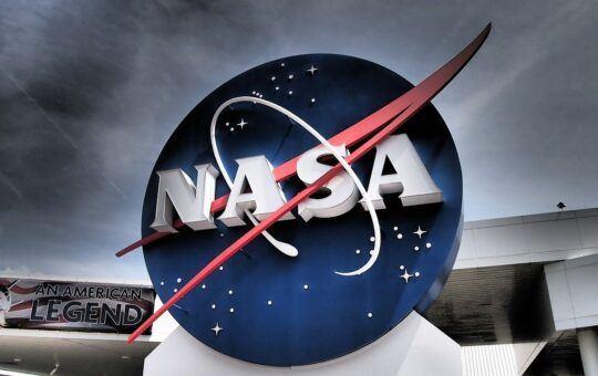 NASA, MIMOZEMSKÝ, VESMÍRNÝ